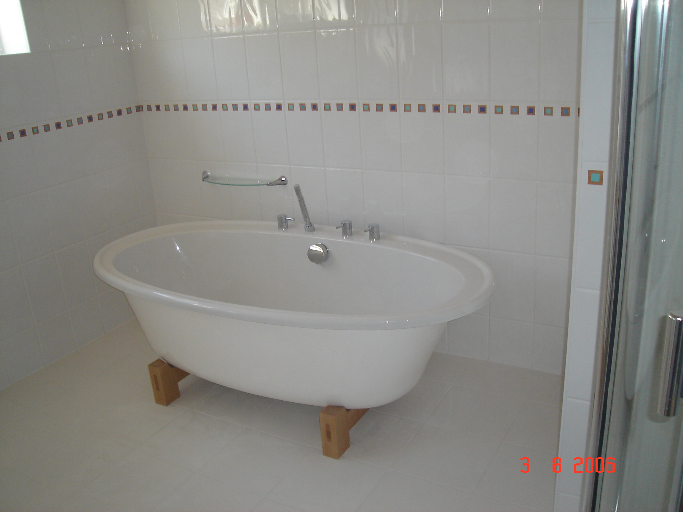 Bathroom 004.jpg